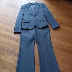 Antonio Melani Grey Suit Size 6 two piece